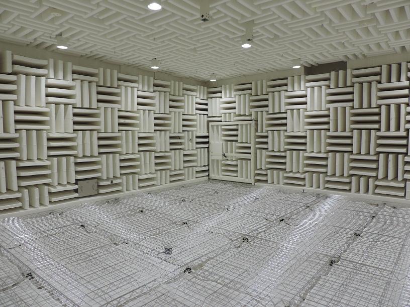 [171] 無響室 画像