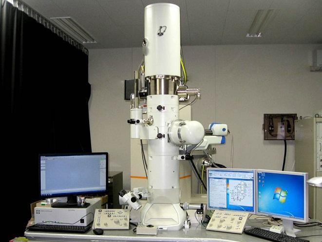 [130] 透過型電子顕微鏡(FE-TEM) 画像