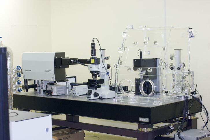 [093] 走査型近接場ラマン分光装置 画像