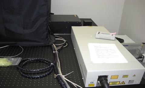 [045] 励起用フェムト秒レーザー発生装置(超短パルスレーザー分子イメージングシステム) 画像