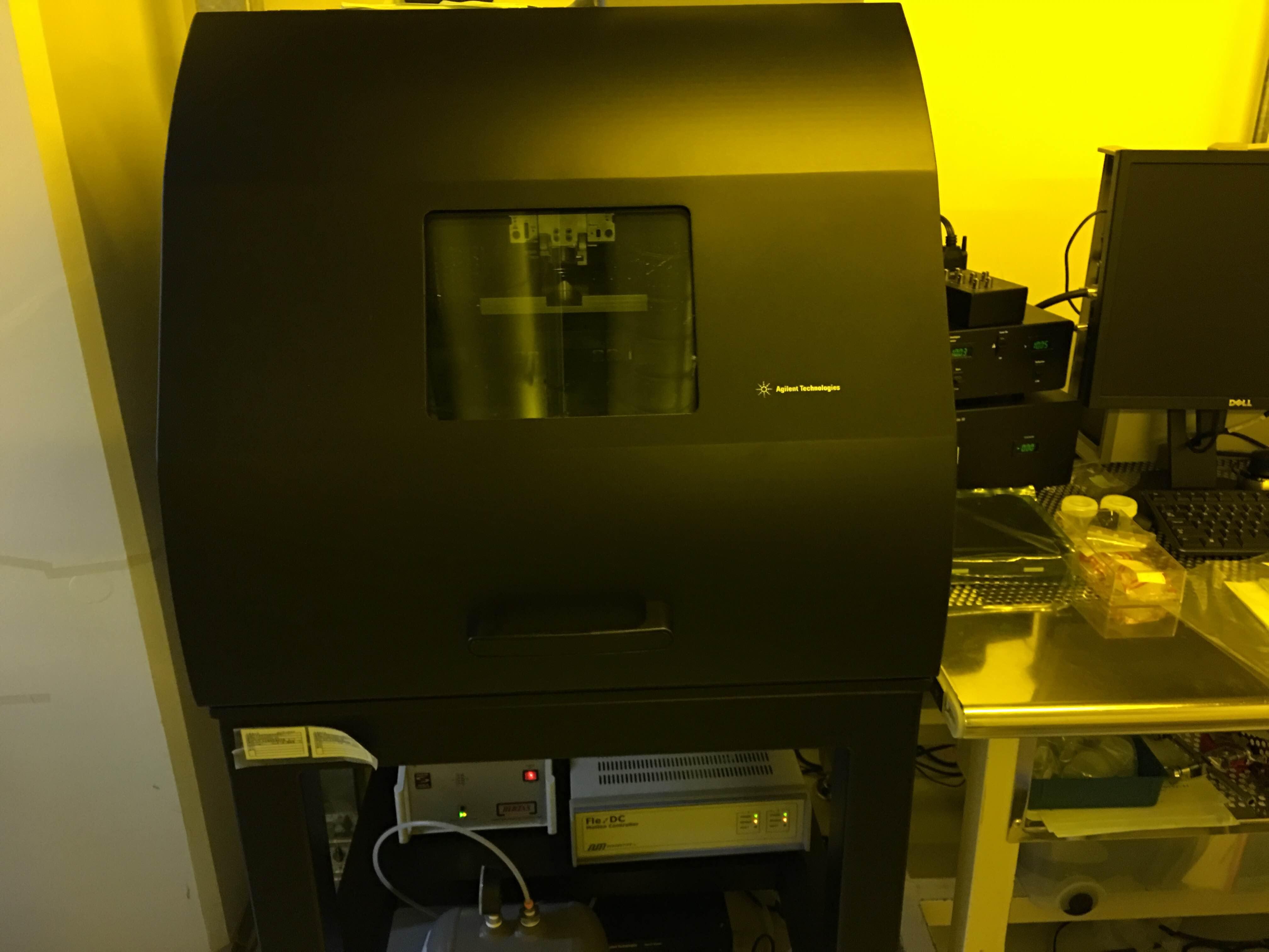 [197] 200mmウェーハ対応原子間力顕微鏡 画像