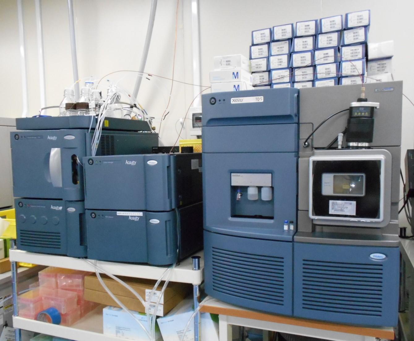[535] タンデム四重極型質量分析装置 画像