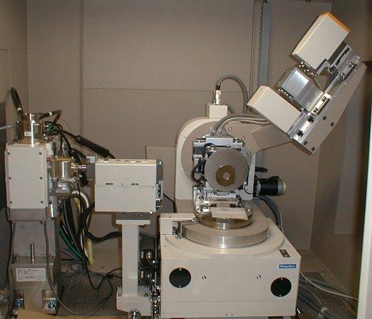 [387] 薄膜構造評価用X線回折装置 ATX-G/TS 画像