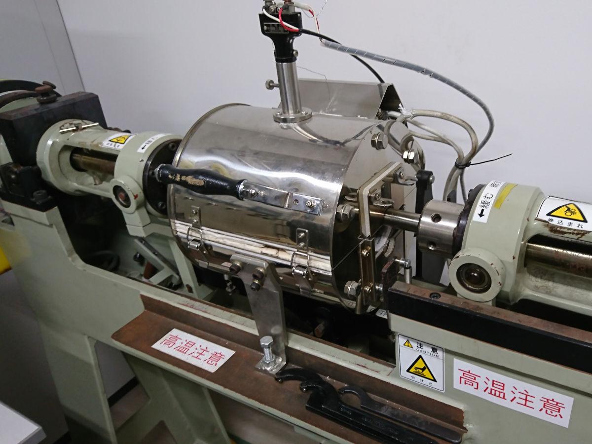 [627] 小野式回転曲げ疲労試験装置(高温炉付)  〔リンク〕 画像