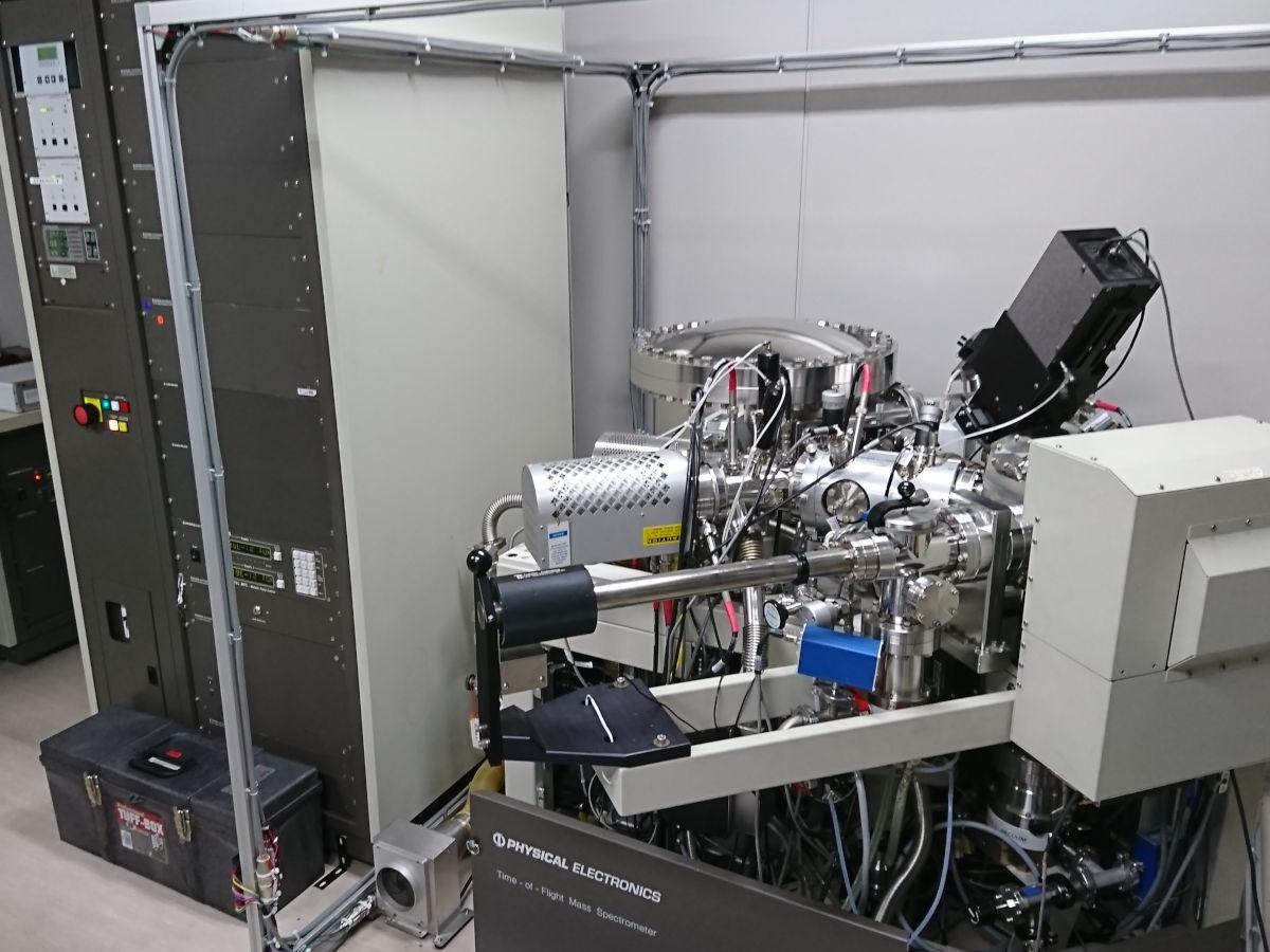 [619] 飛行時間型二次イオン質量分析装置(TOF-SIMS)  〔リンク〕 画像